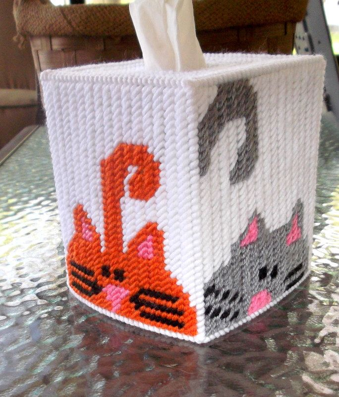 586 best images about plastic canvas tissue toppers on for Tissue box cover craft