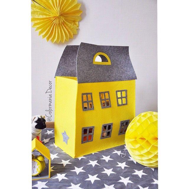 Кто еще не вкусе про творческий конкурс от @solutionsforlife ?!! Одному из победителей я подарю эту классную сумку-дом для хранения игрушек хотя в ней можно и не только игрушки хранить ... Так что смелее генерируйте идеи фотографируйте и вперед на конкурс там еще много классных призов !!!! #конкурс#sfl_волшебница_зима#solutionforlife#подарки#сумкадом#хранениеигрушек#хранение#декор#длядома by colormaniadecor