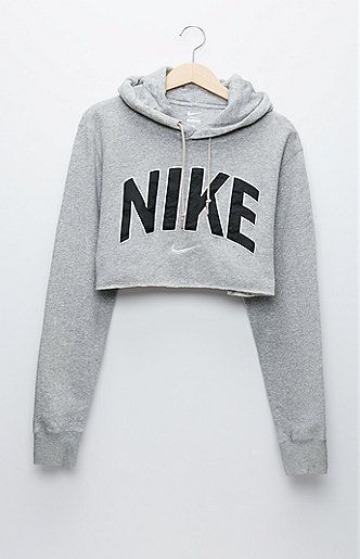 A PacSun.com Online Exclusive! The women's Nike Gray Pullover;Hoodie by Retro Gold for PacSun.com features a super soft construction and cropped cut. Wear this vintage;hoodie with our high waisted bottoms for a sporty look! Vintage items may not be 100% free of minor defects, as they have been loved before. Our goal is to stock vintage items in the best condition. All flaws, if any will be explicitly listed under the ...