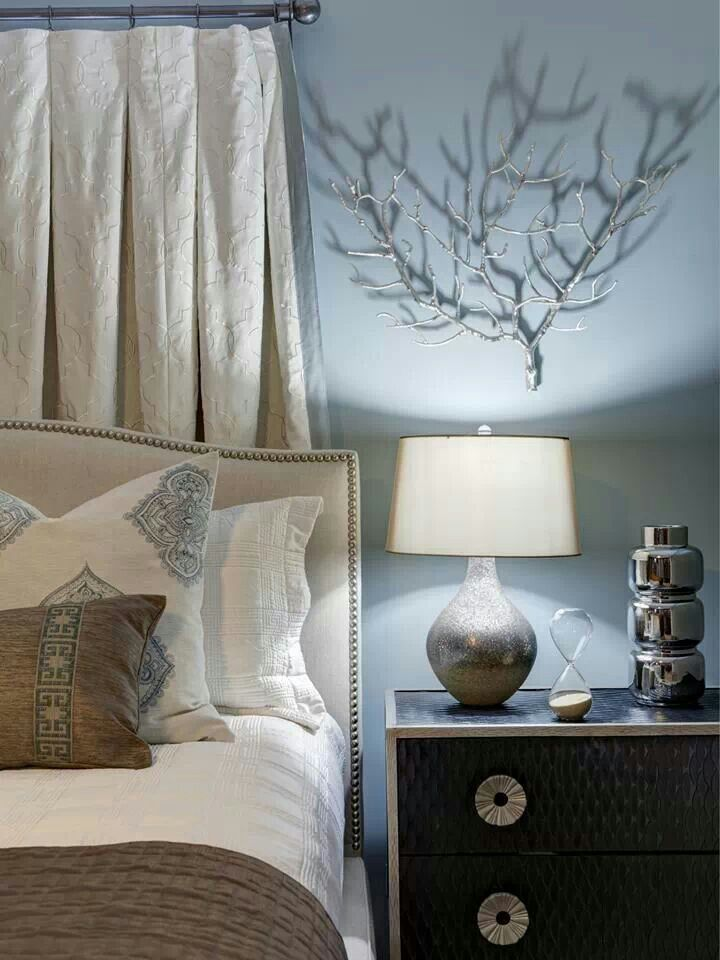 Hgtv small bedroom ideas bedroom pinterest sprays for Small bedroom decorating ideas pinterest