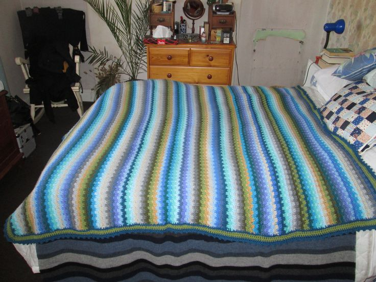 Blanket crocheted using Attic 24's Coastal Pack and Lucy's raindrops stitch.