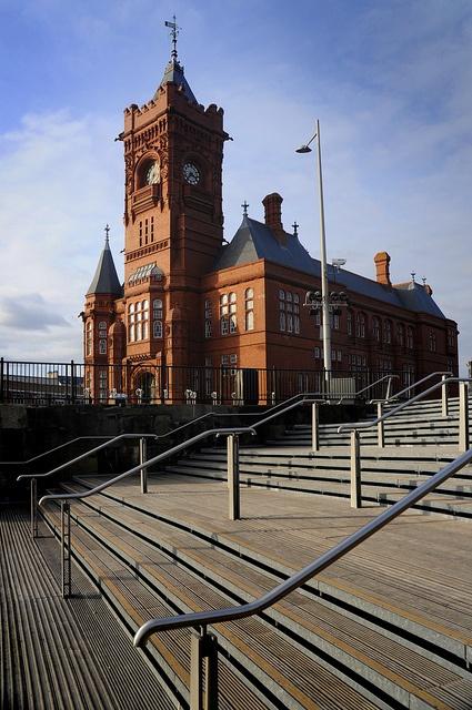Wonderful Cardiff http://www.travelandtransitions.com/european-travel/