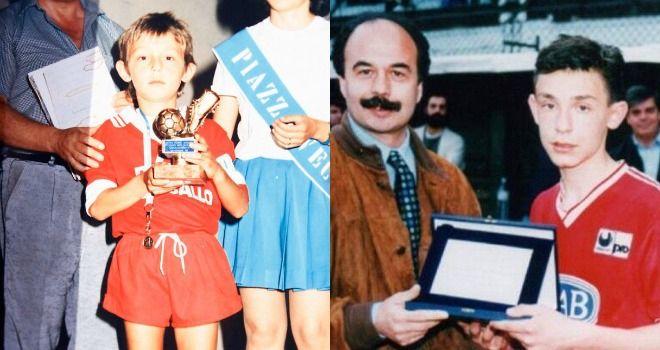 Aunque a Pirlo le emocionaba jugar como mediocampista, en sus inicios jugaba en posición  más adelantada. Sus entrenadores cuentan que poseía una frialdad asombrosa para definir en momentos importantes. Fue campeón goleador de varios torneos infantiles.