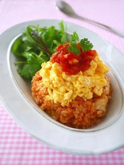 自家製トマトソース de 簡単チキンライス@ふわとろ卵のっけ♪ & レシピ本