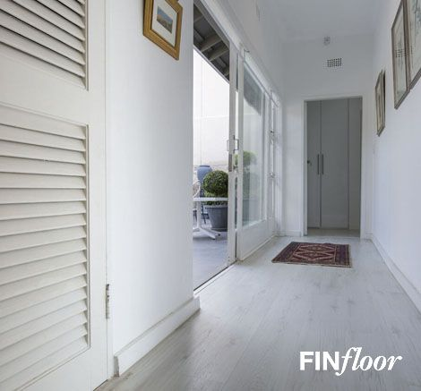Finfloor - Inovar Laminate Flooring - Colour Grey Ice