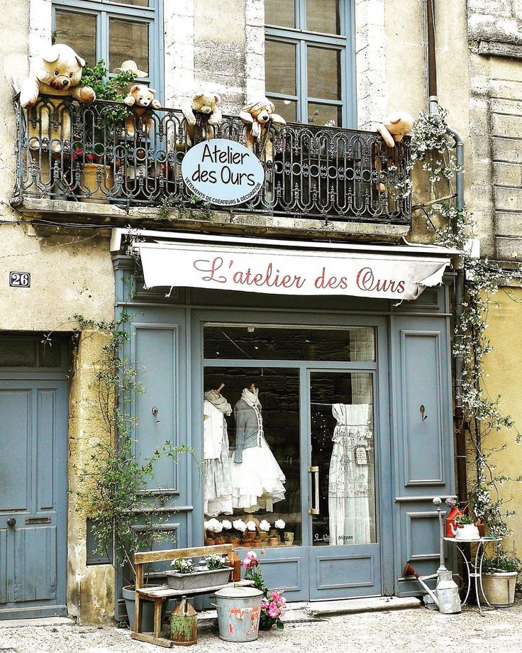 L'atelier des ours such a lovely shop in Uzès in the south of France =