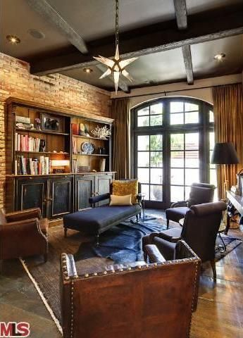 #HilaryDuff's Toluca Lake Home: Den>> http://www.frontdoor.com/photos/tour-hilary-duffs-toluca-lake-home-for-sale?soc=pinterest