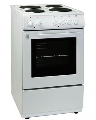 This brand new free standing electric cooker is finished in pure white and comes with 2 years parts and labour warranty. Features manual controls and solid hotplates. Good value!