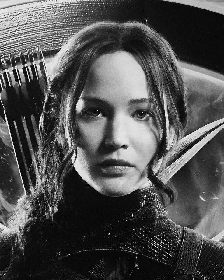 "149 Likes, 2 Comments - Açlık Oyunları (@hungergamestur) on Instagram: ""New HQ! Katniss Everdeen from #MockingjayPart1"""
