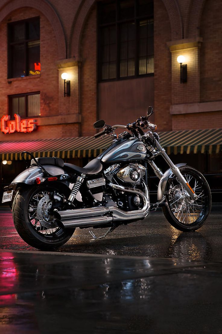 The 2014 Harley Davidson wide glide!!! ✌️