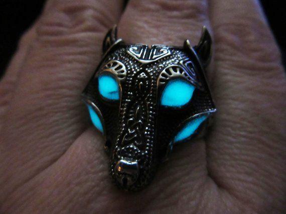 Wolf ring  Men/'s ring  Glow in the dark