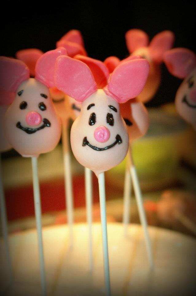 Piglet cake pops