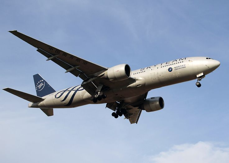 China Southern Boeing 777-200 in Skyteam livery.
