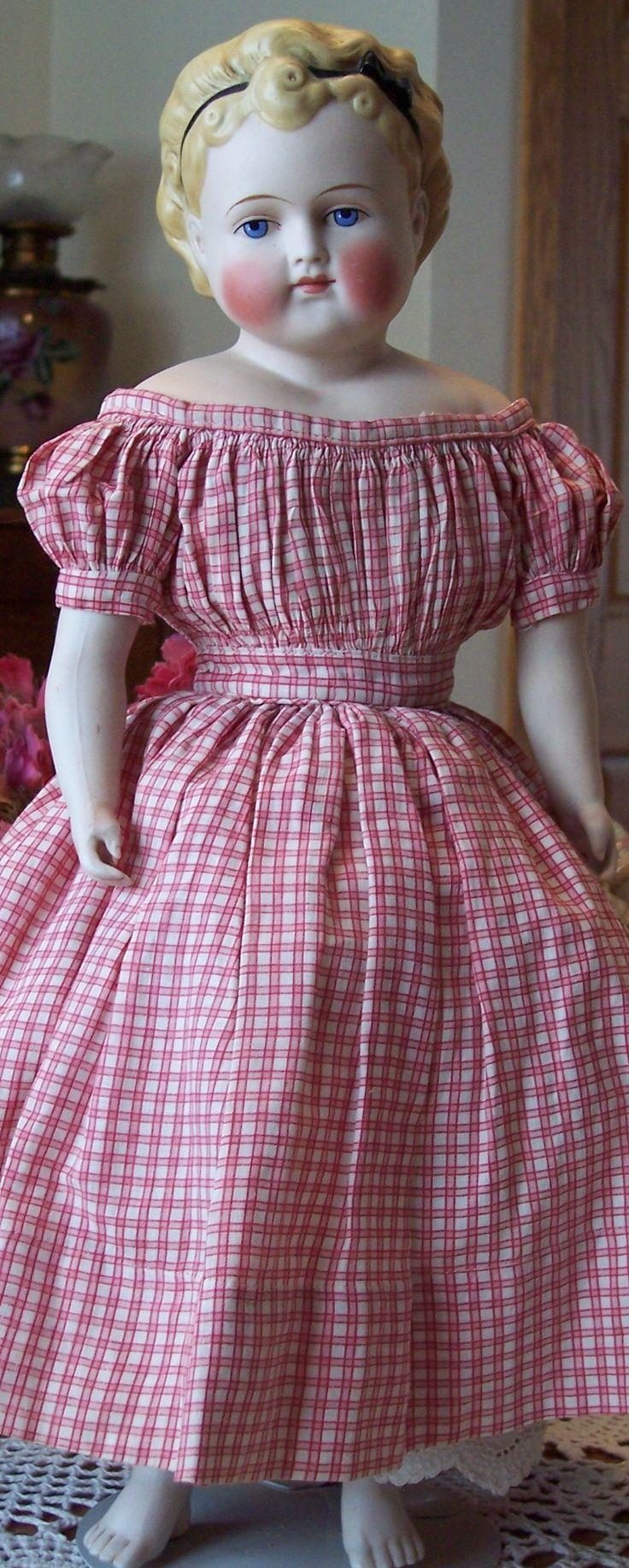 Stunning ABG doll with BARE FEET! #DollShopsUnited
