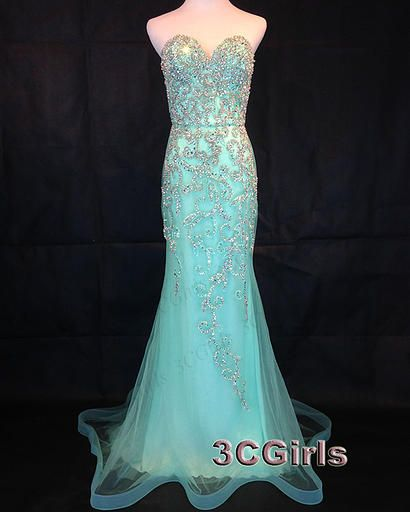 Prom dress 2016, Mermaid dress for teens, green tulle sweetheart dress, formal party dress from #3cgirls #weddings http://www.3cgirls.com/#!product/prd1/4264592745/luxury-green-beaded-strapless-mermaid-prom-dress