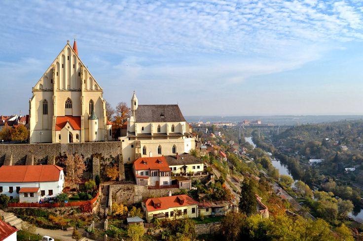 Znojmo (Czech pronunciation: [ˈznojmo]; German: Znaim) is a town in the Moravia,South Moravian Region of the Czech Republic, the administrative capital of the Znojmo District.