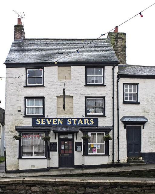 Seven Stars, Penryn by Tim Green aka atoach, via Flickr