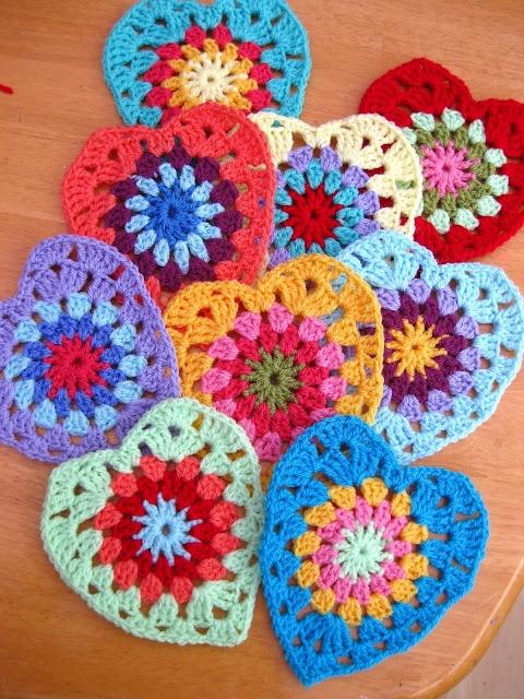 Love these! Bunny Mummy: Sunburst Granny Hearts...with pattern