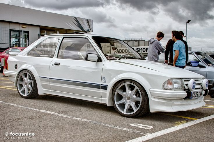 ford escort mk3 rs 2000 #fordclassiccars