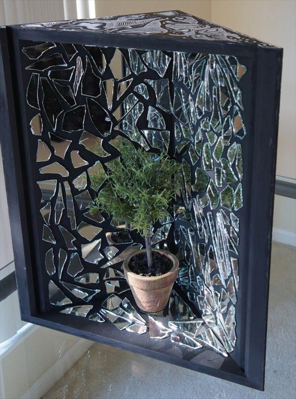 Genius Diy Broken Mirror Craft Ideas Diy Home Decor Broken Mirror Diy Mirror Crafts Broken Mirror Art