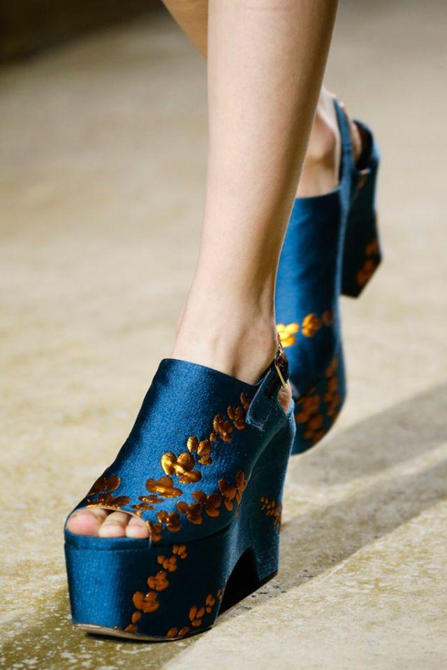 DRIES VAN NOTEN Spring Summer 2016 | Confesiones de una Casual girl | #trends #shoes #runway #fashion #moda #tendencias #zapatos #blogdemoda #blog