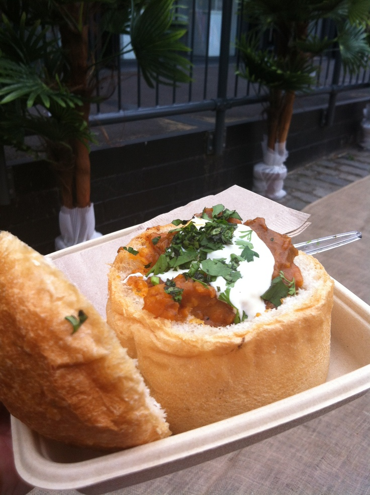 Authentic mutton bunny...    www.bunnychow.com