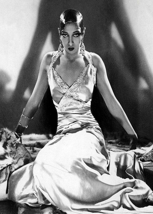 Josephine Baker For Her Shimmy Zefyr Icons Pinterest