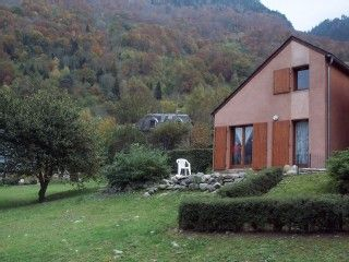 Chalet Individuel 6 places avec grand terrain proche des remontées   Location de vacances à partir de Hautes-Pyrénées @homeaway! #vacation #rental #travel #homeaway