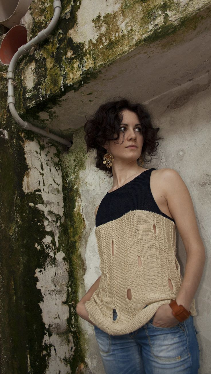 #contemporary #knitwear: #handmade #tank top in 100% silk (cream) and 100% viscose (dark blue)