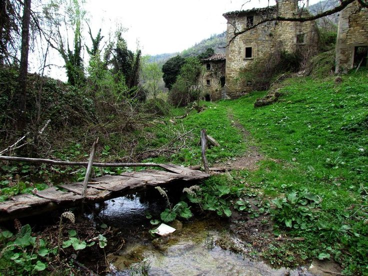 Valle Pezzata - I defunti sui tetti - Paesi Fantasma