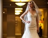 Thin - Wedding dress with slightly marmaid and V-neck neckline