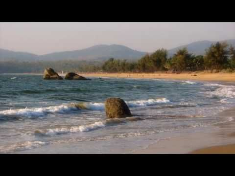 Goa, Intia; Etelä-Goan uimaranta ja rantaloma; Etelä-Goan uimarannat ja rannat Arabian meren äärellä Länsi-Intiassa: Arossim Beach, Utorda Beach, Majorda Beach, Betalbatim Beach, Colva Beach, Sernabatim Beach, Benaulim Beach, Zalor Beach, Cavelossim Beach, Mobor Beach, Betul Beach, Cola Beach, Agonda Beach, Colomb Beach, Patnem Beach, Palolem Beach, Raj Baga Beach, Talpona Beach ja Galgibaga Beach; video; oma sävellys