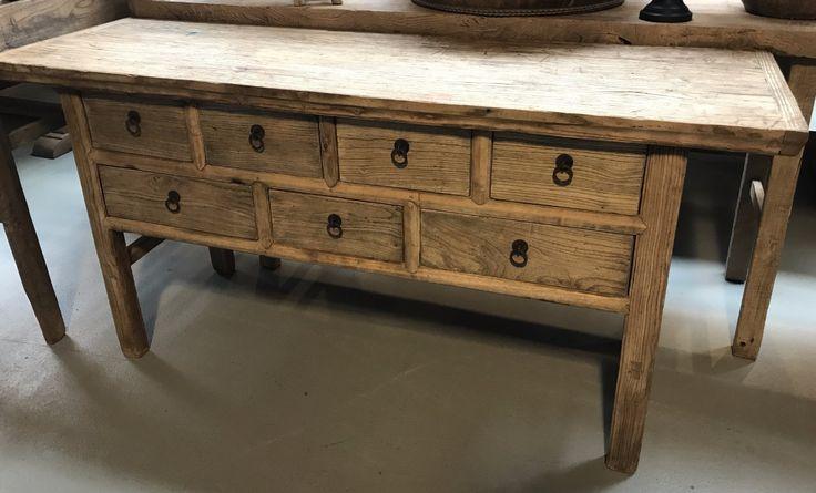 Mooi dressoir met lades. Dressoir oud hout, landelijke meubels, Landelijk dressoir, Landelijk wonen, houten meubelen de Jong interieur