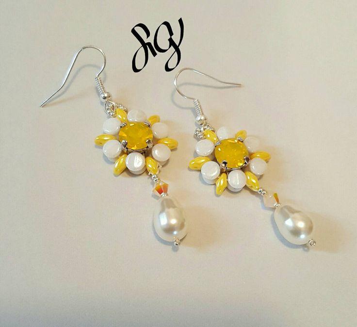 Swarovski Chaton Flowers, Chaton Earrings, Yellow pearl earrings,  Powder Green , Turquoise earrings, Nautical earrings - pinned by pin4etsy.com