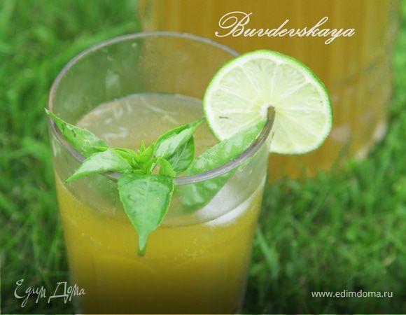 Очень вкусный освежающий лимонад с тонким вкусом и запахом базилика. Количество сахара и лимонного сока можно изменять по вкусу. Этот лимонад стоит попробовать и он станет одним из самых любимых :)...