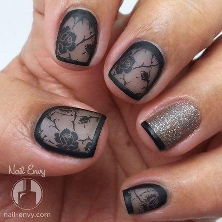 Black Rose Nails #cutemani #prettynails #nailart - bellashoot.com