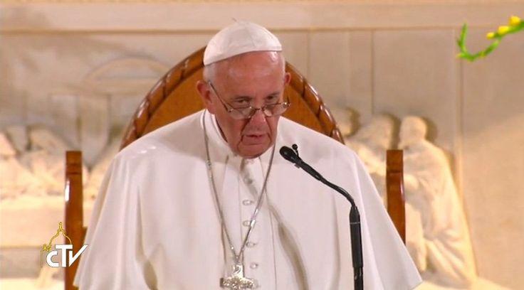 El Papa Francisco dirigió un sentido discurso a un grupo de indigentes en la capital de Estados Unidos en la Parroquia San Patricio. A continuación el texto completo de lo dicho por el Santo Padre: