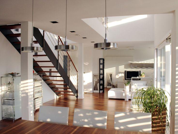 Grundriss einfamilienhaus modern gerade treppe  Die besten 25+ Schmales haus Ideen auf Pinterest | Moderne ...