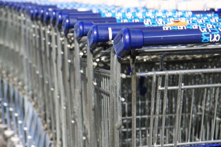 Webwinkeliers laten veel geld liggen in winkelwagentjes die hun klanten gevuld hebben achtergelaten: http://7w-internetmarketing.nl/2015/04/13/abandoned-shopping-carts/