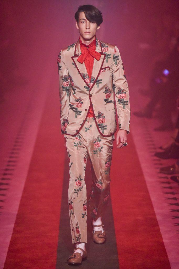 Gucci RTW Spring 2017 – WWD