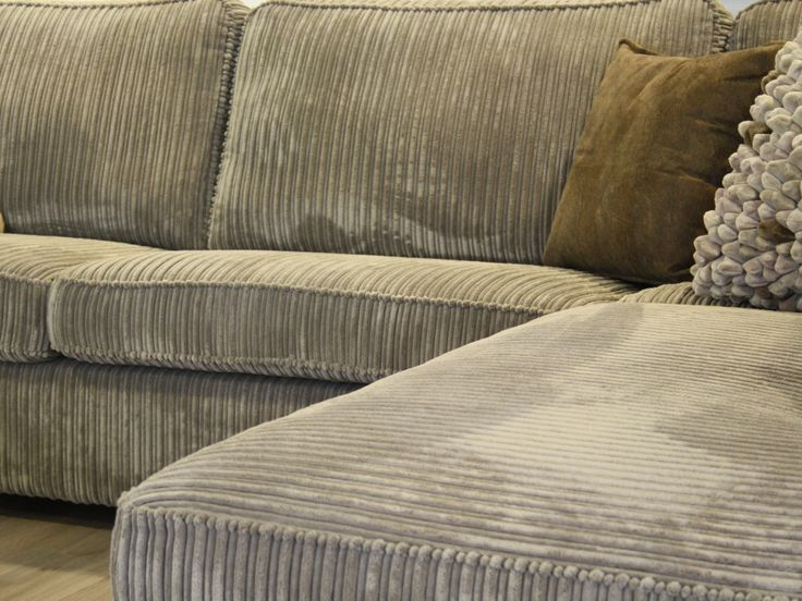 Pillows On Sectional Couch With Chaise