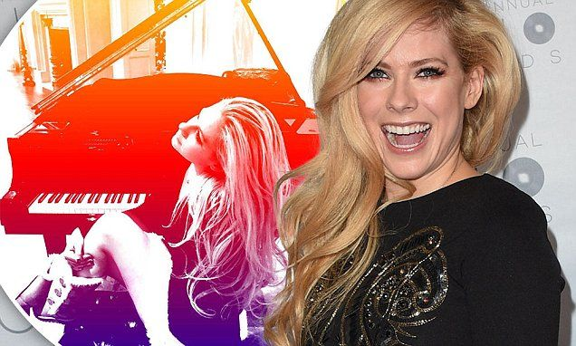 アヴリル・ラヴィーンはクリスマスイブに発表される一曲を含むアルバムを年内に発表の予定 | Avril Lavigne announces new album after a battle with Lyme disease. #jwave #gl  via @DailyMailCeleb