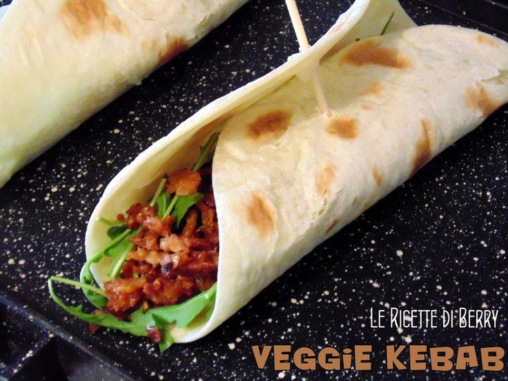 Il kebab vegetariano, o veggie kebab, è un'alternativa al kebab di carne, che io personalmente consiglio non solo ai vegetariani, ma anche a chi mangia la