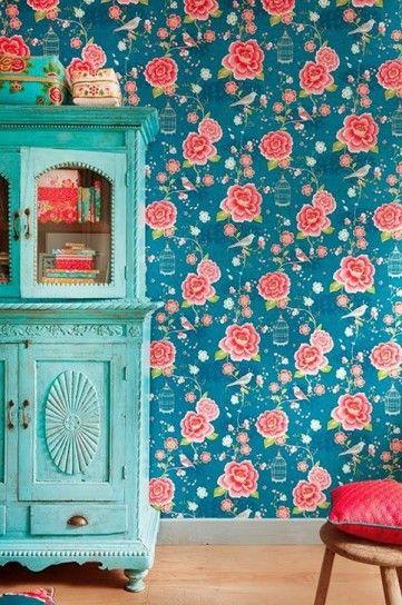 Carta da parati dalle tinte vivaci - Carta da parati colorata per arredare casa in stile bohemien.
