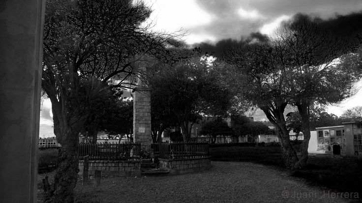 Cementerio de Facatativá. Cundinamarca, Colombia.