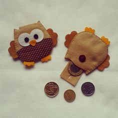Porta moeda 7cm coruja marrom                                                                                                                                                                                 Mais