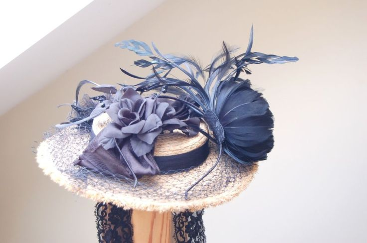 Very nice Victorian style straw hat