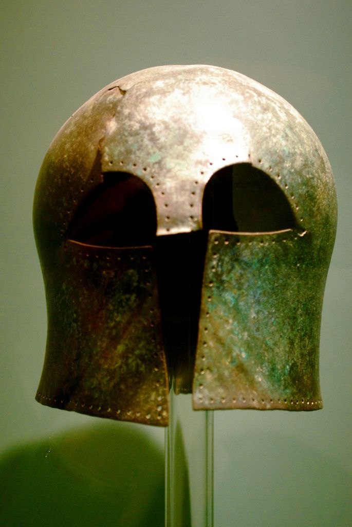 Corinthian Helmet, Archaeological Museum of Chania Photo credits: Sarah Murray