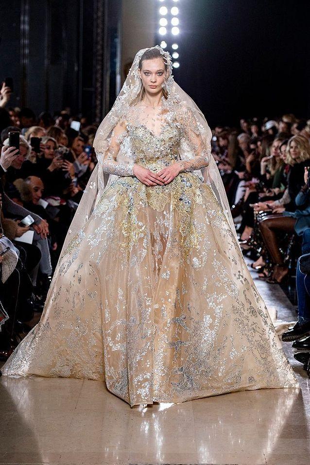 Decouvrez Les Plus Belles Robes De Mariees Du Monde Elle Tenues De Mariee Robes De Mariee Couture Robe De Mariee