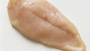 El peor error que cometes al hacer un filete de pollo a la plancha